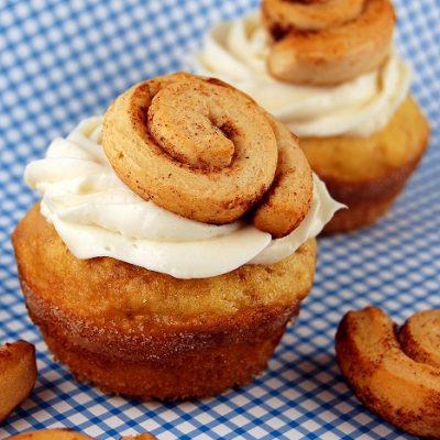 Top Chef Peabody's Cinnamon Roll Cupcakes…