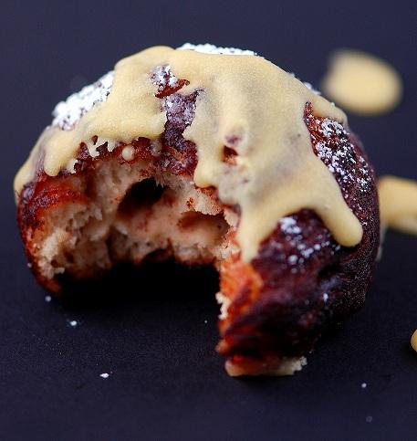 deep fried cinnamon roll