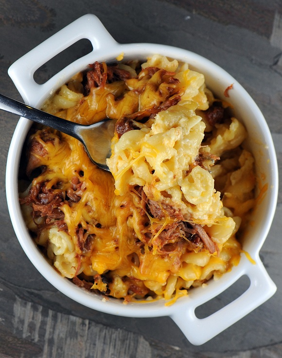 leftover pulled pork mac and cheese