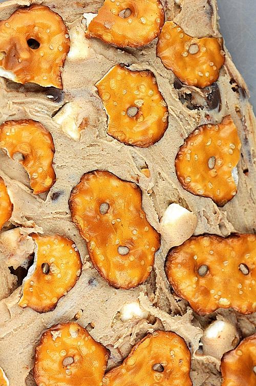 peanutbuttercupnobakefudge2