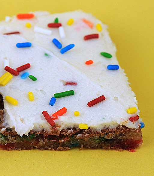 funfetti cake bar