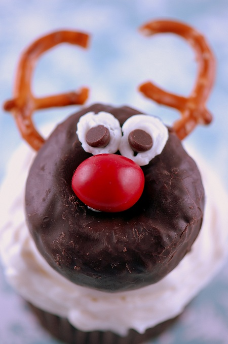 donut reindeer cupcakes