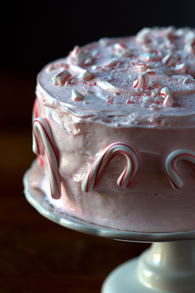 2013-11-14-pink-peppermint-marshmallow-cake2