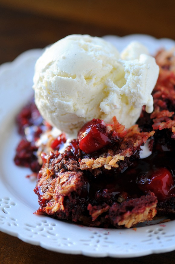 Red Velvet Dump Cake Recipe