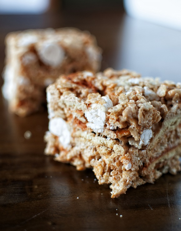 Pumpkin Pie Meringue Rice Krispie Treat