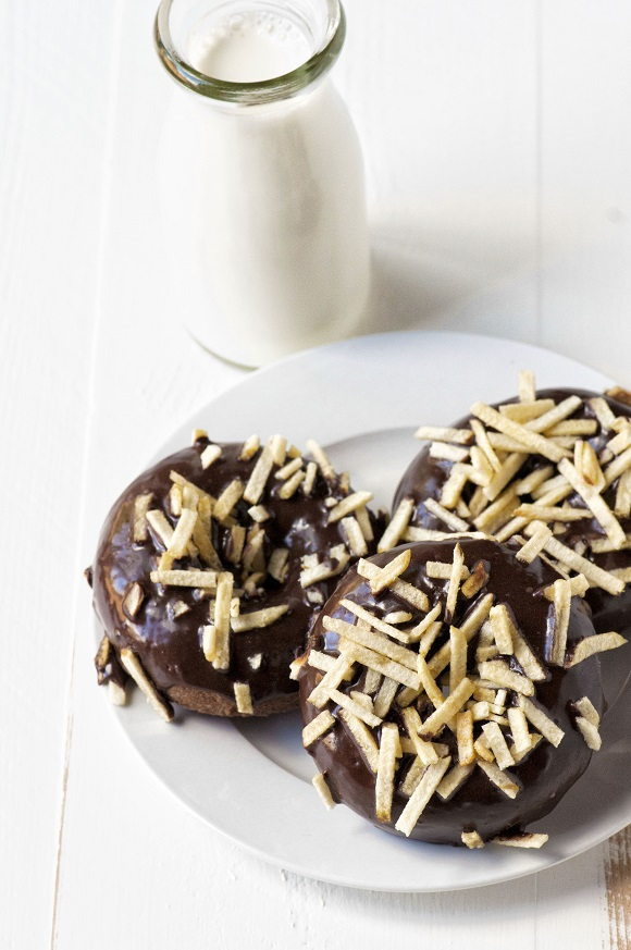 Chocolate Malt French Fry Donuts 01