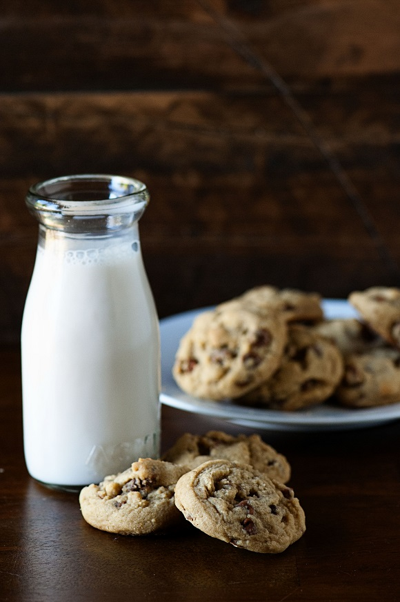 Brown Butter Prailine Pecan Cinnamon Chip Cookies 01