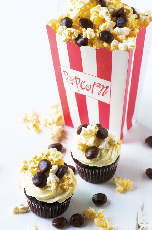 Movie Popcorn and Milk Dud Cupcakes 01