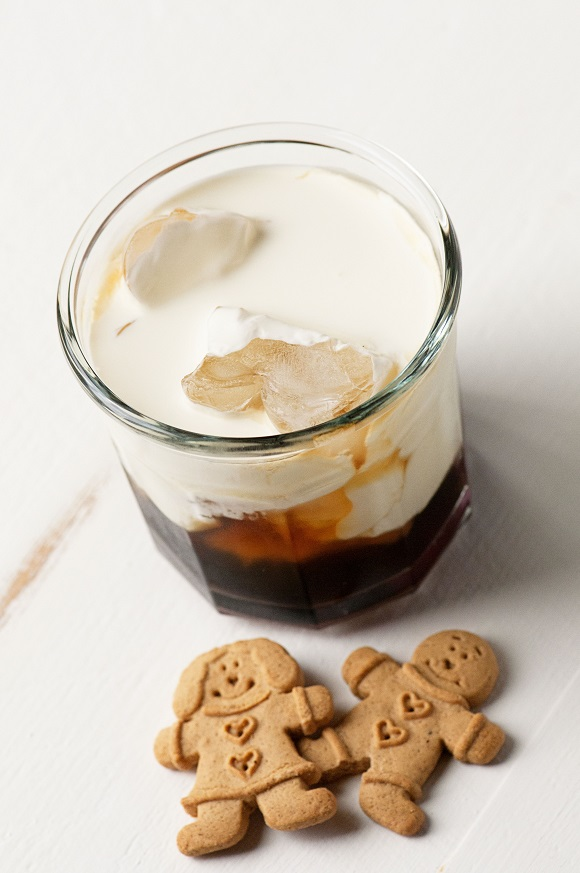 Gingerbread White Russian 00