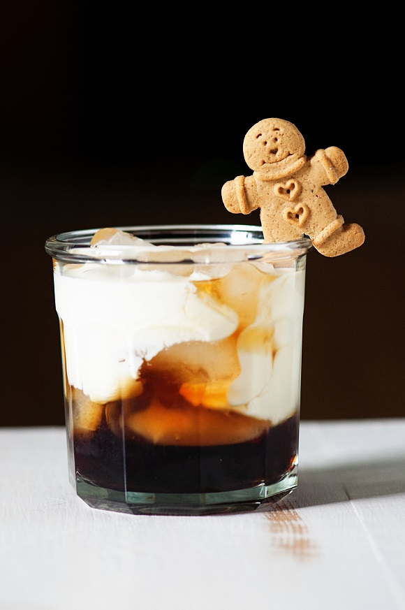 Gingerbread White Russian 01
