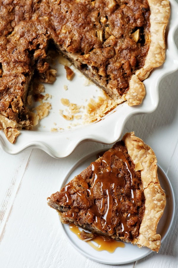 Butterscotch Apple Walnut Pie 02