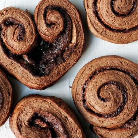 Chocolate-Cinnamon Cinnamon Rolls