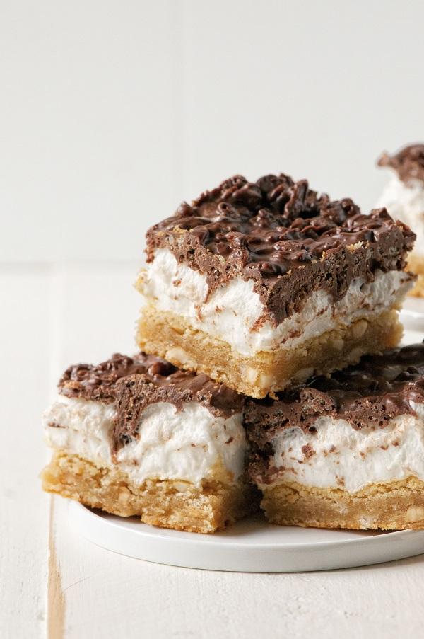 Peanut Butter Marshmallow Crunch Bars 02