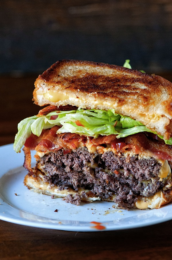 Grilled Cheese Double Bacon Burger 03
