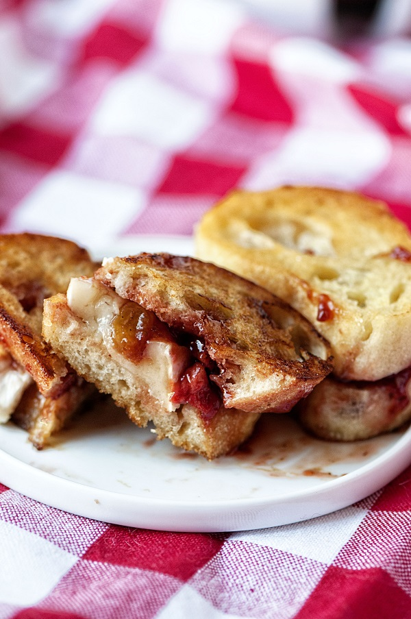 Strawberry Chutney and Brie Grilled Cheese 04