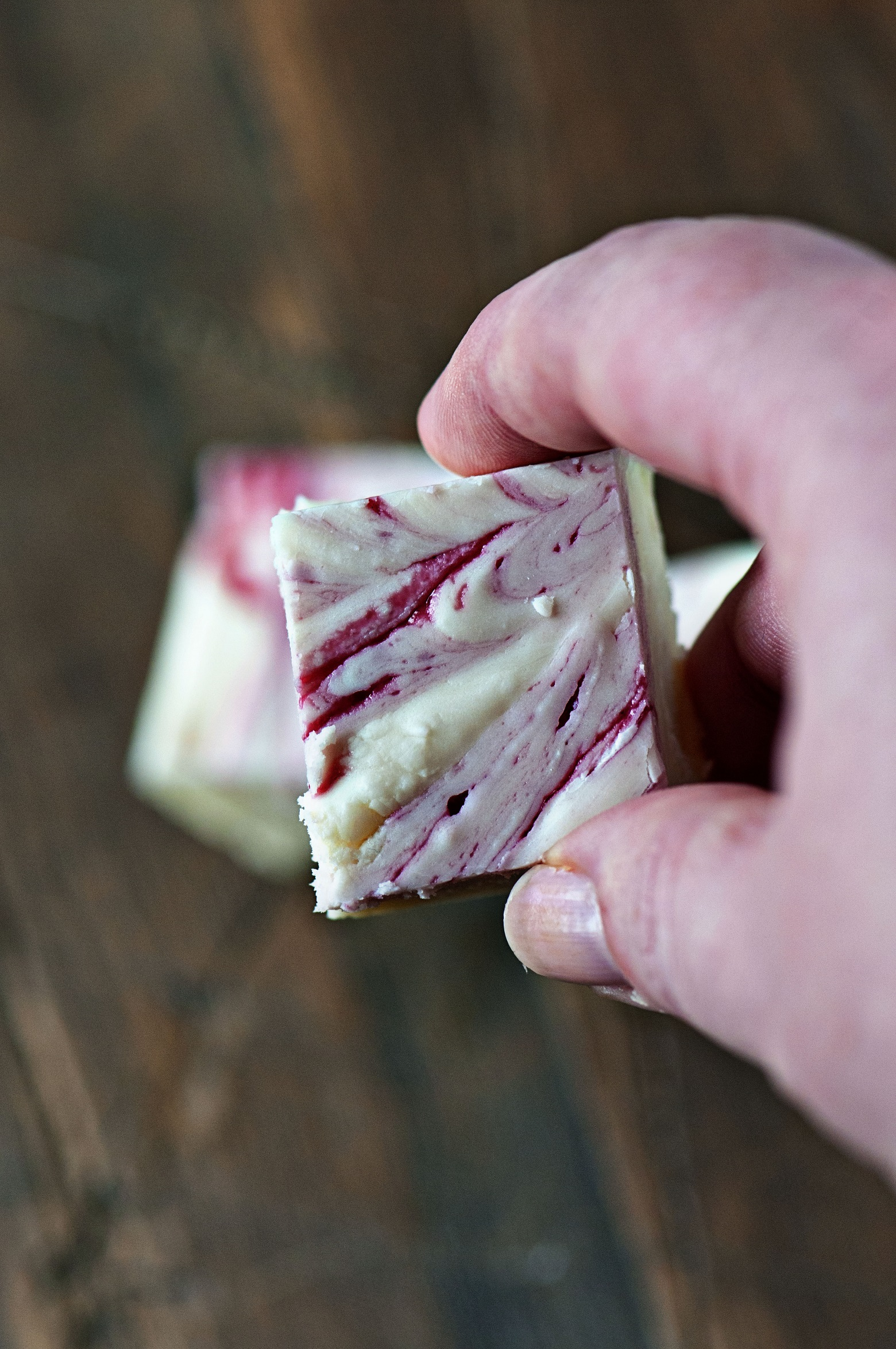 Blackberry Jam Swirl Fudge 02