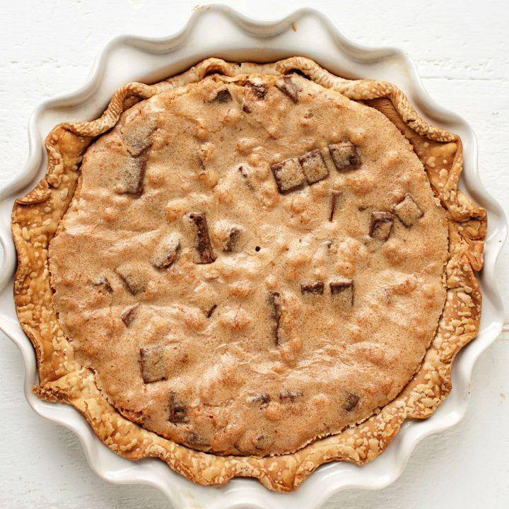 Cookie Butter Kit Kat Cookie Pie