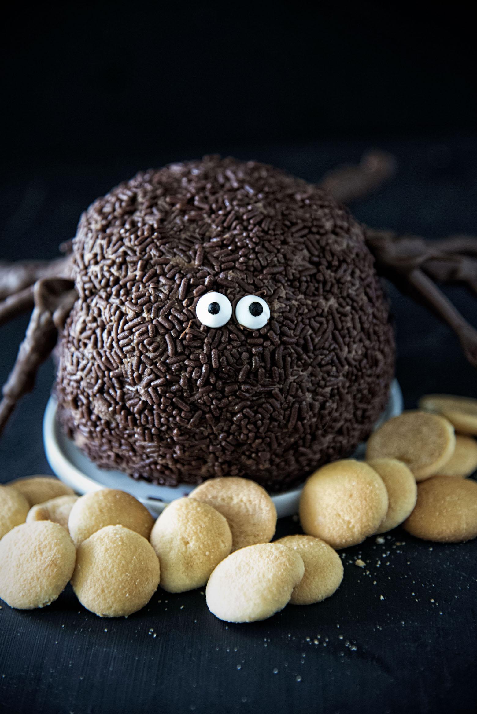 Chocolate Spider Cheesecake Cheeseball