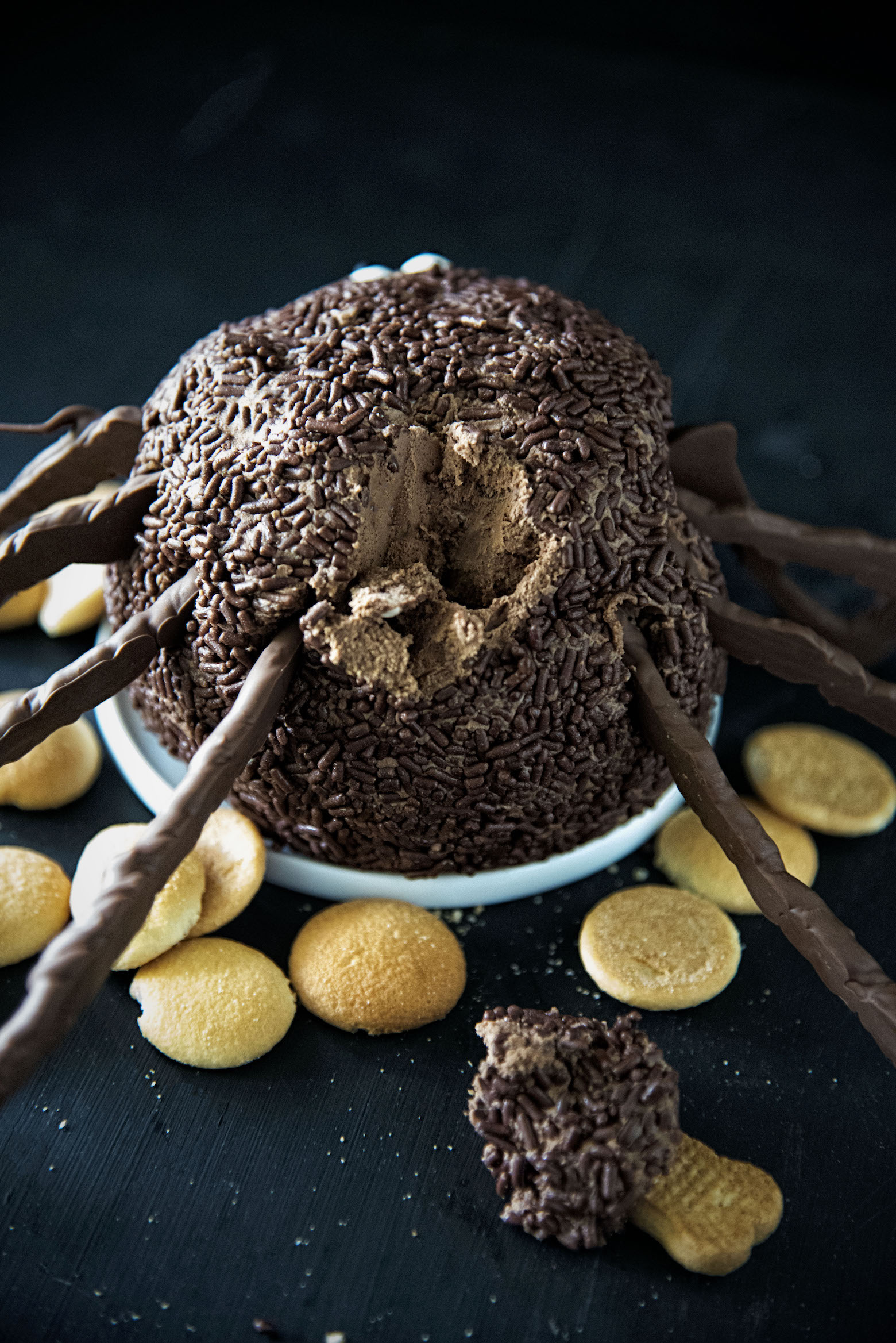 Chocolate Spider Cheesecake Cheeseball