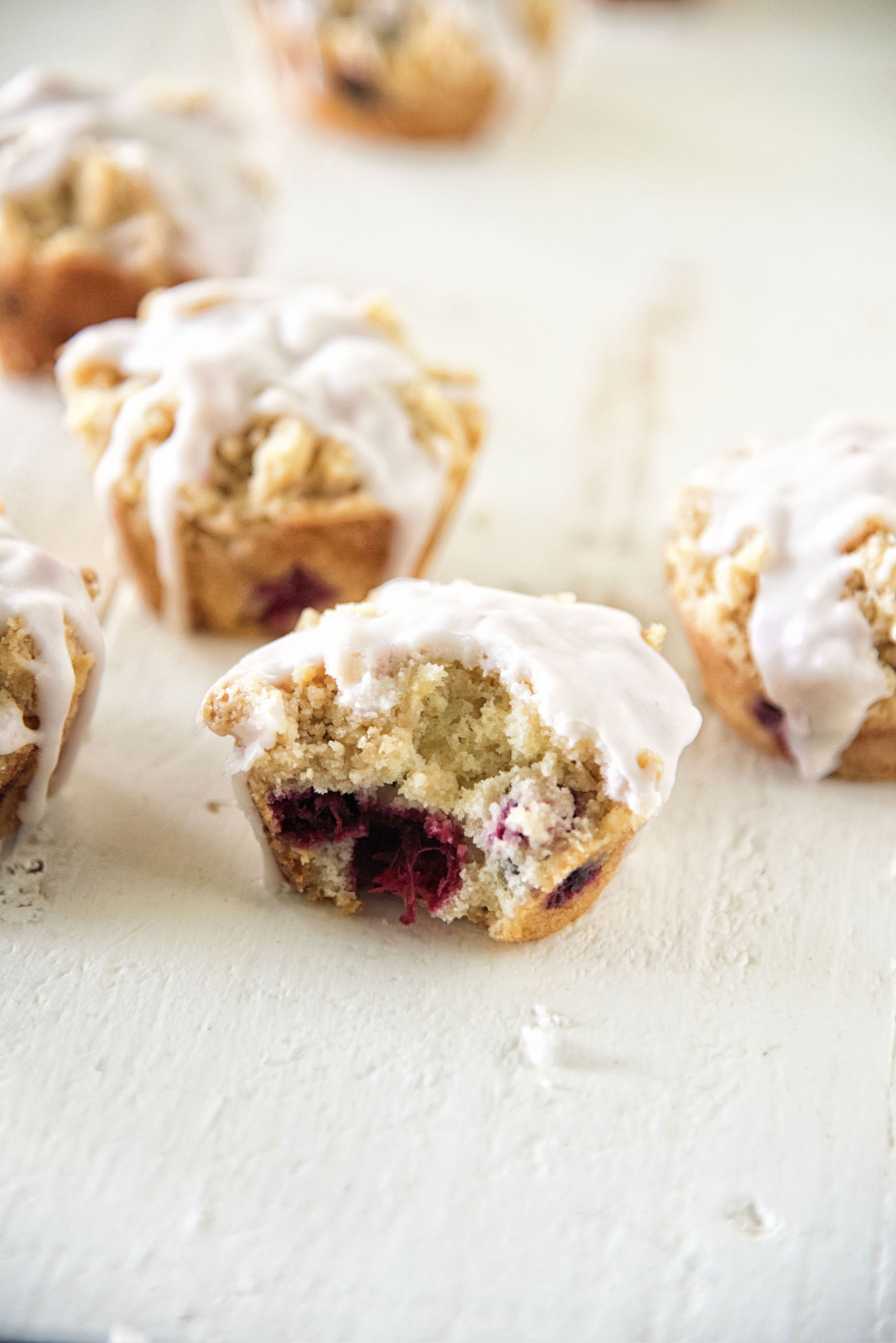 Cranberry White Chocolate Chip Crumb Topped Muffins
