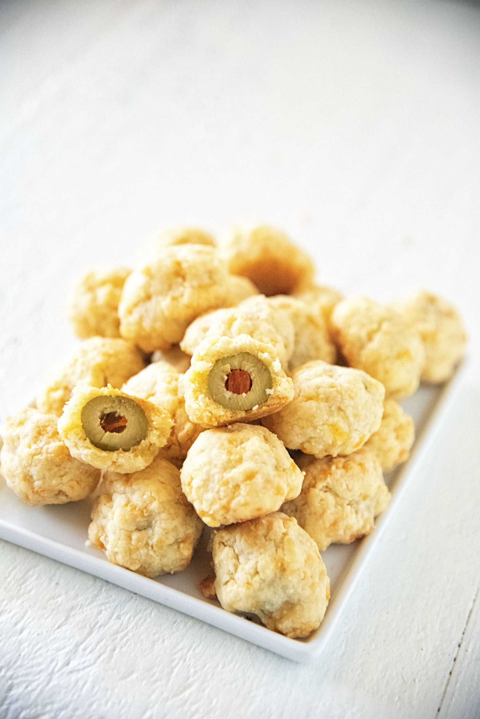 Cheddar Cheese Green Olive Nuggets