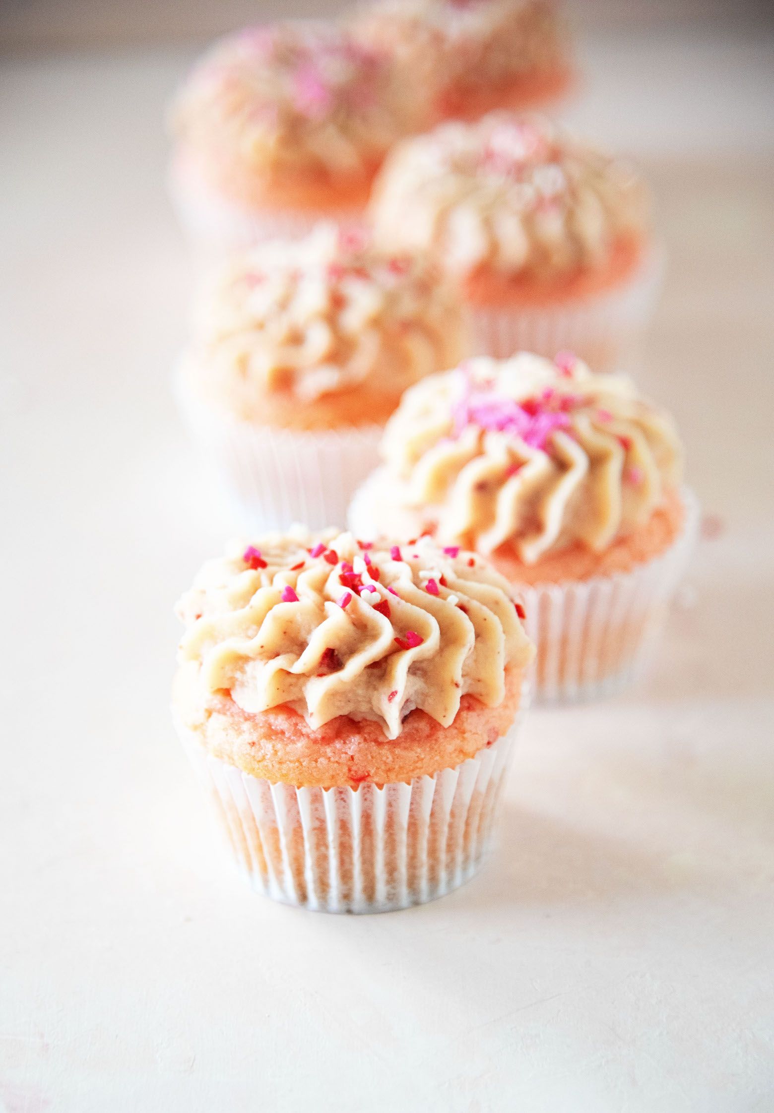 Strawberry Malted Milk Cupcakes