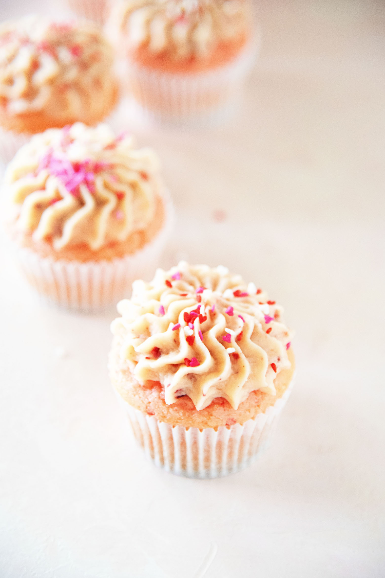 Strawberry Malted Milk Cupcakes