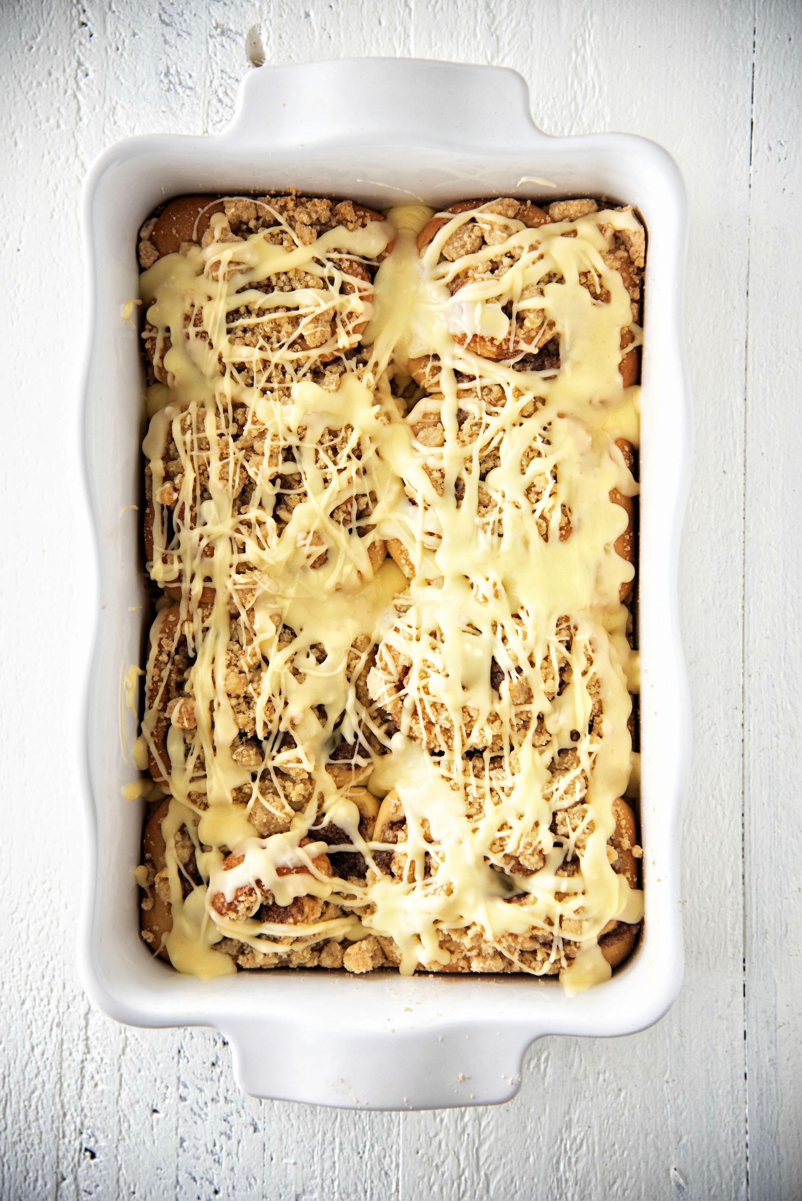 Creamsicle Crumb Topped Cinnamon Rolls