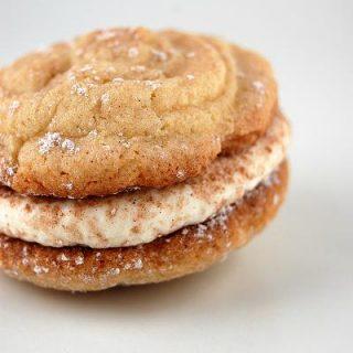 Tiramisu Sandwich Cookie