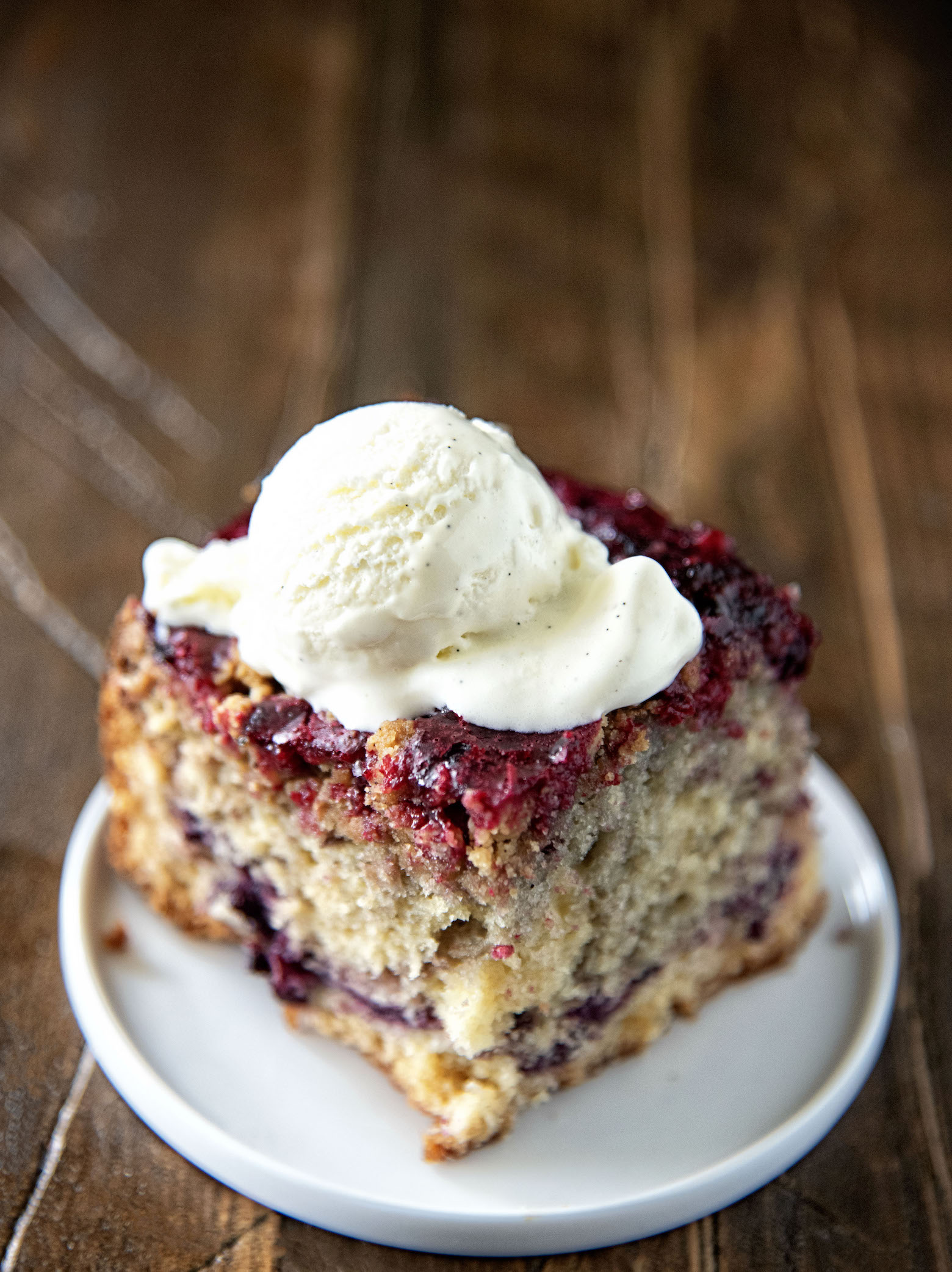 Blackberry Brown Butter Crumb Coffee Cake