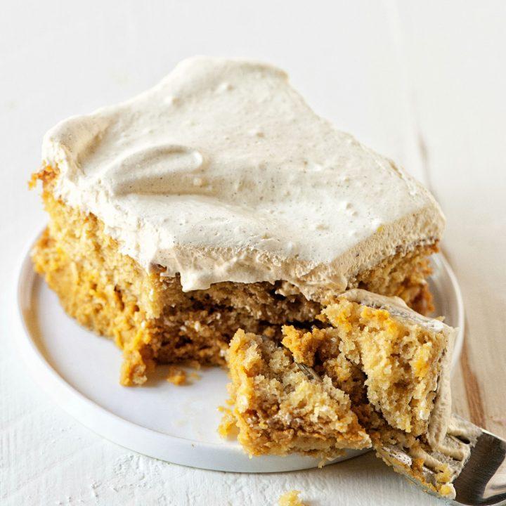 Pumpkin Spice Latte Magic Cake