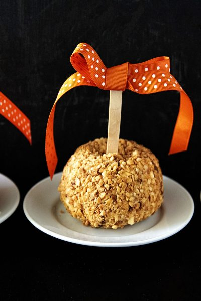 Caramel Apple Cheesecake Cheeseballs #HalloweenTreatsWeek