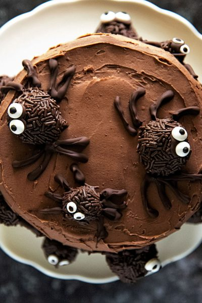Chocolate Truffle Pumpkin Spider Cake #HalloweenTreatsWeek