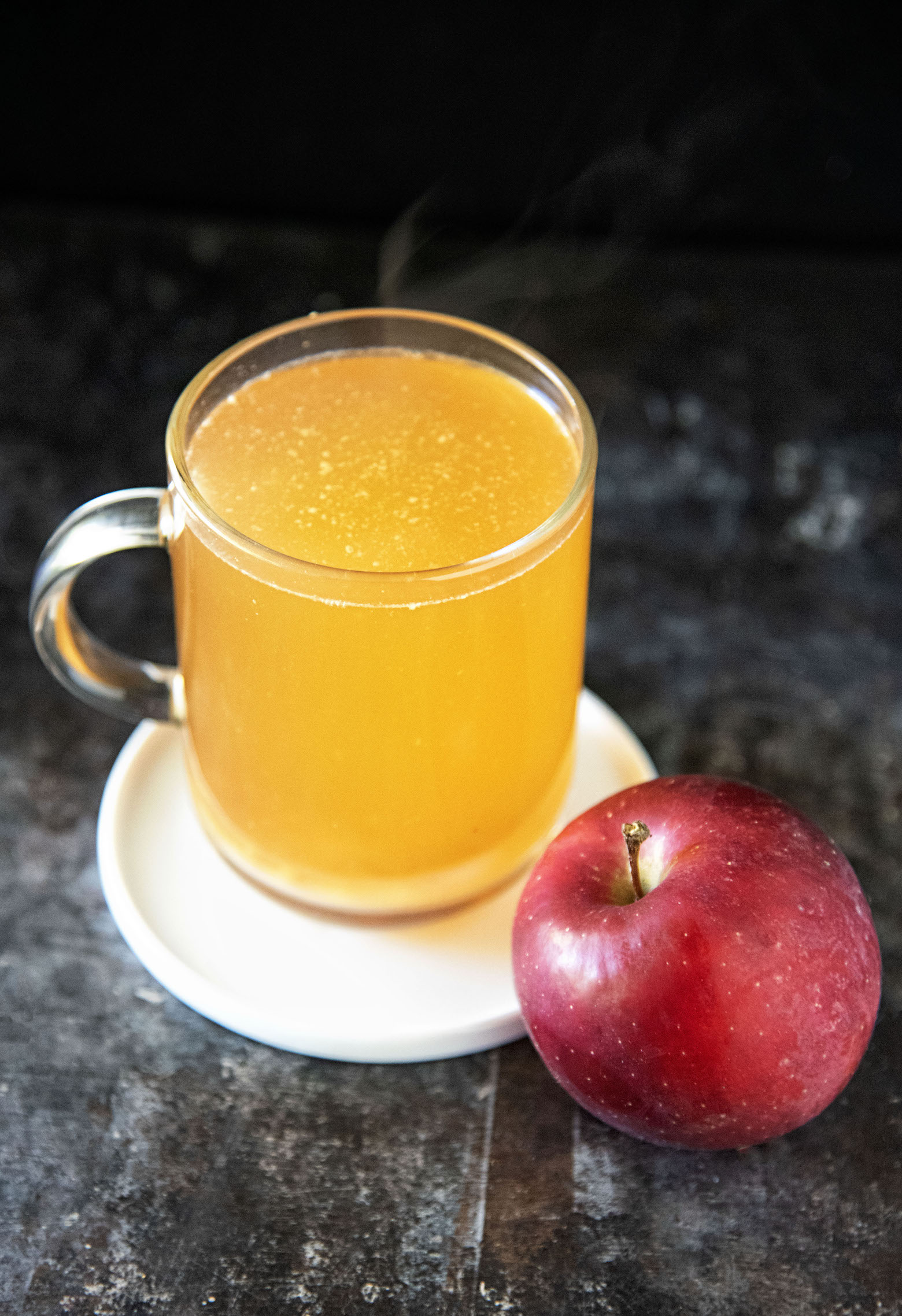 Hot Spiked Cinnamon Apple Cider