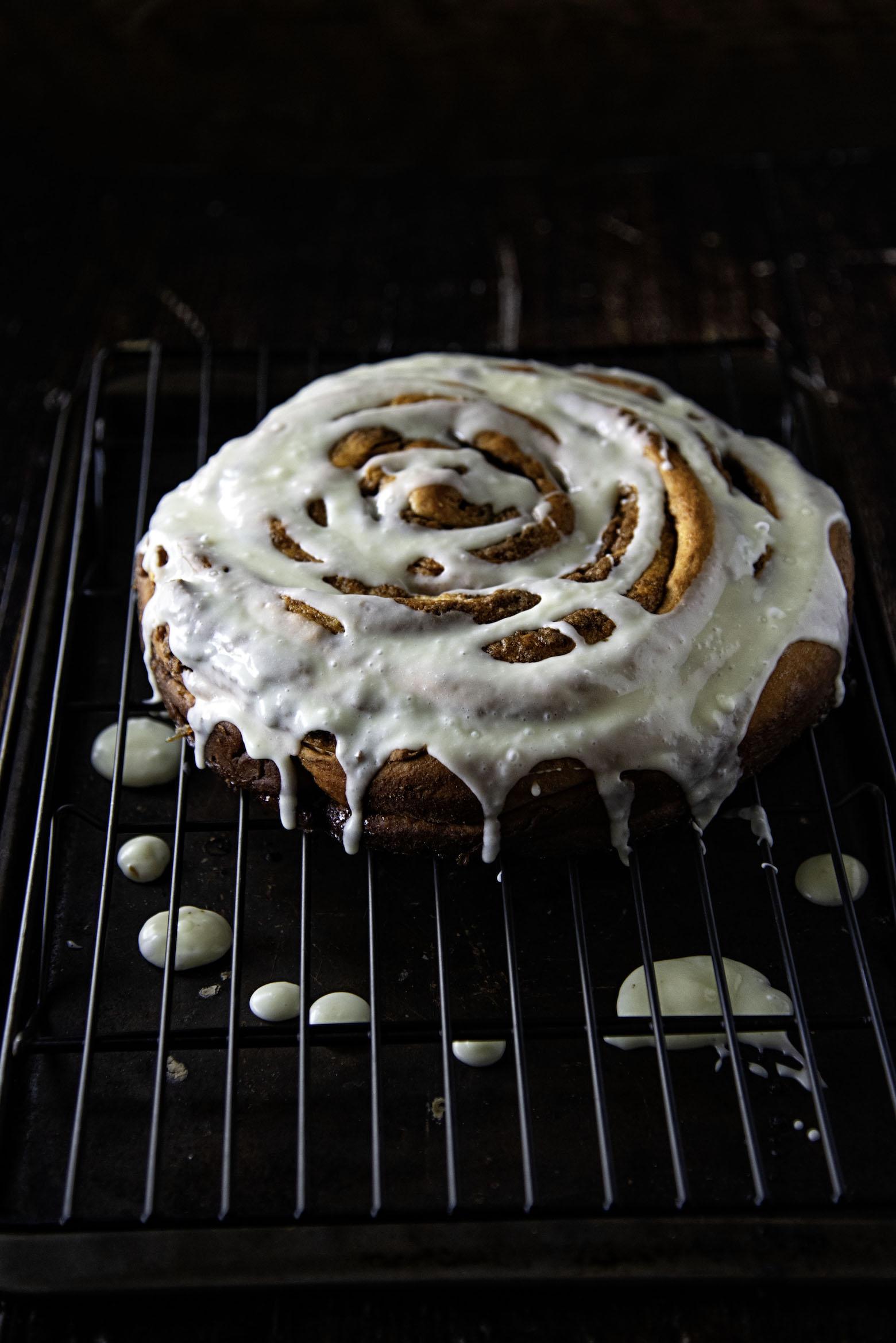 Giant Eggnog Cinnamon Roll Cake