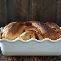 Jellied Cranberry Sauce Bread