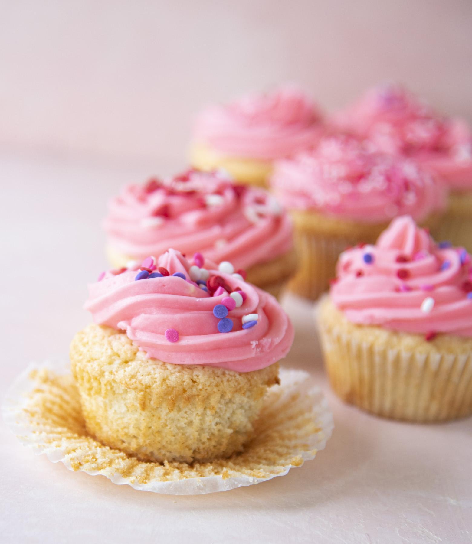 Pink Vanilla-Vanilla Cupcakes
