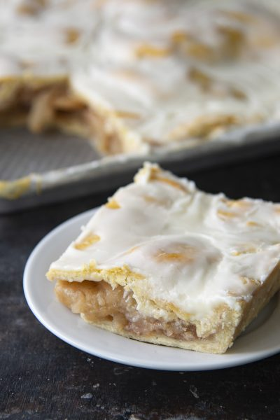 Cinnamon Toast Crunch Apple Slice