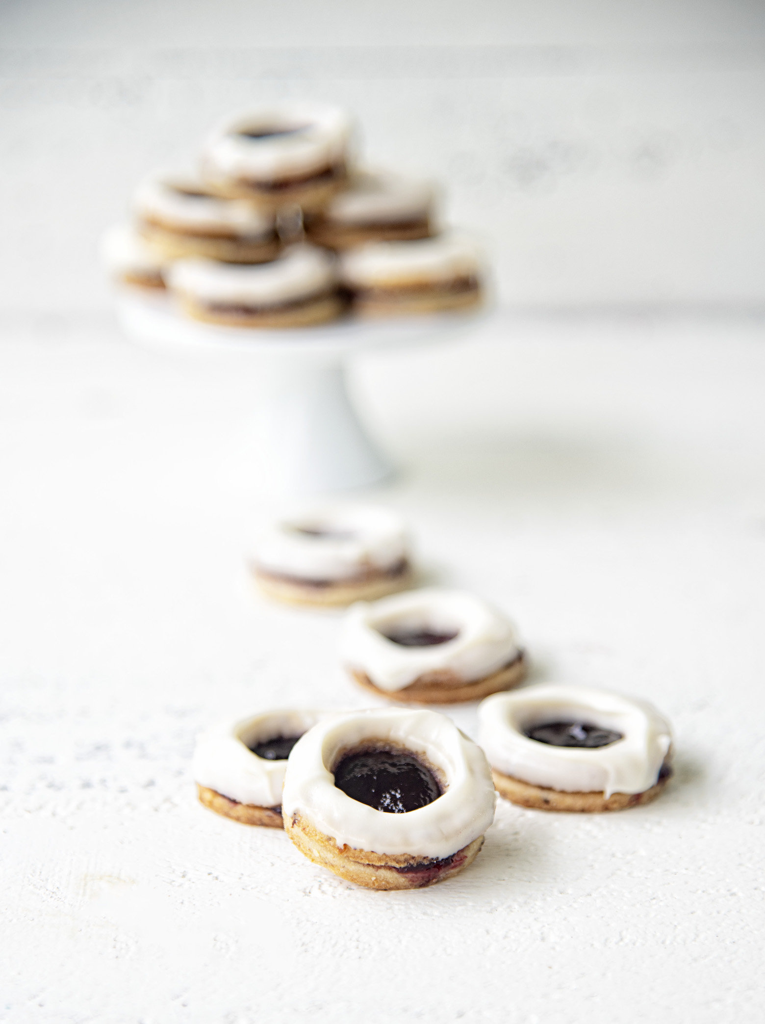 White Chocolate Berry Linzer Cookies
