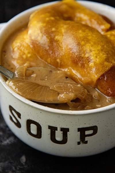 German Caramelized Onion Ale Soup