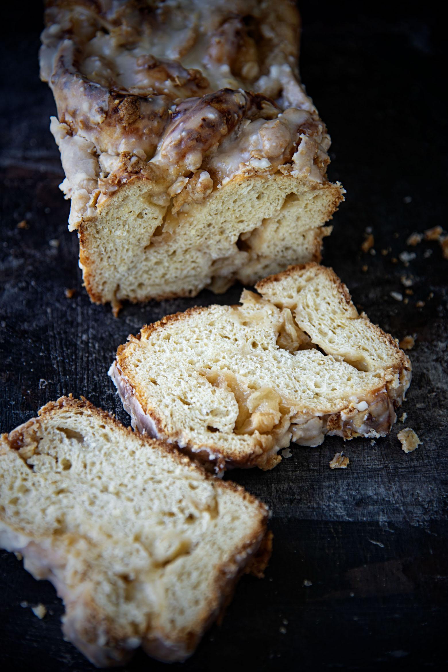 Glazed Apple Crisp Babka