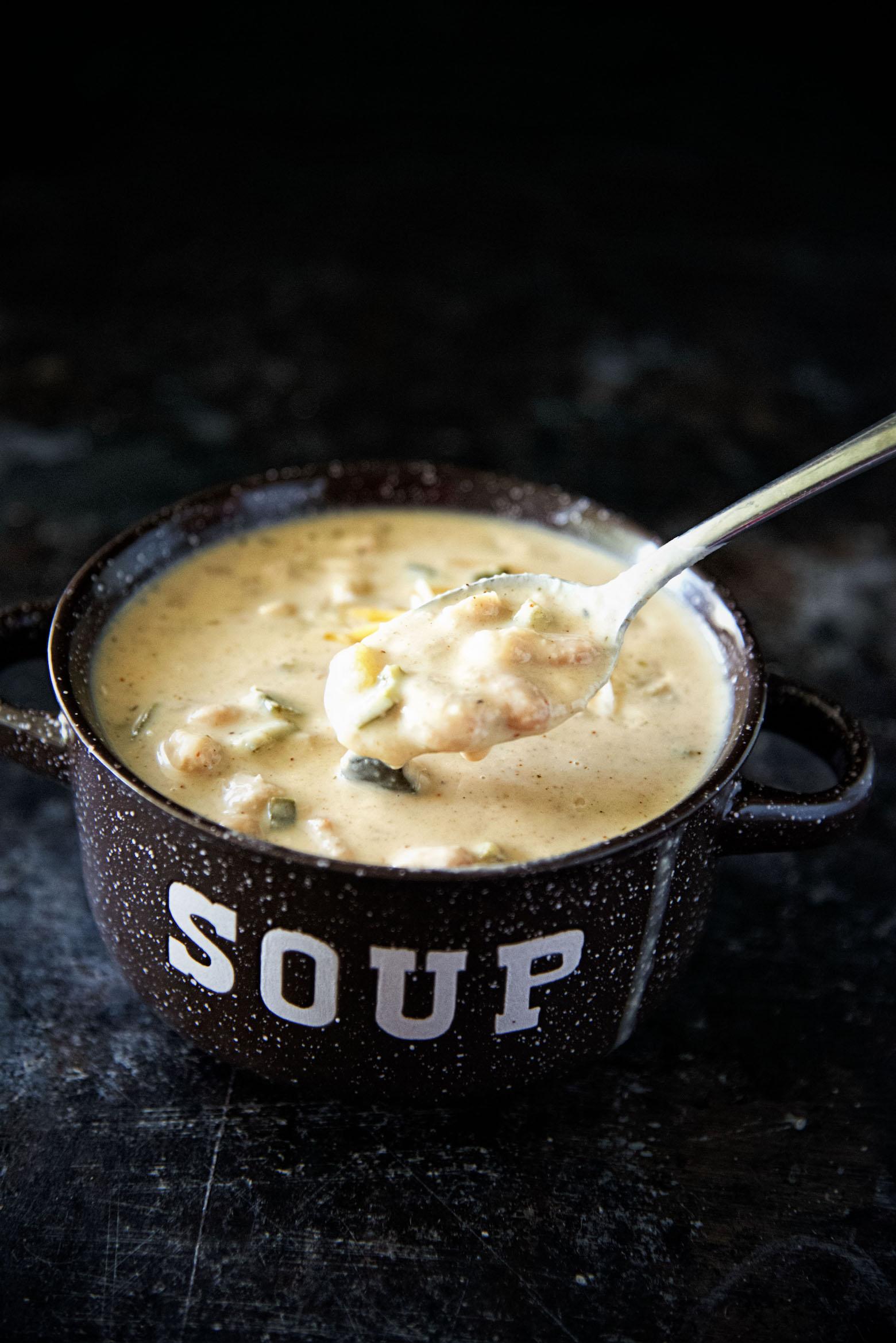 Vegetarian Roasted Garlic Chile White Bean Soup