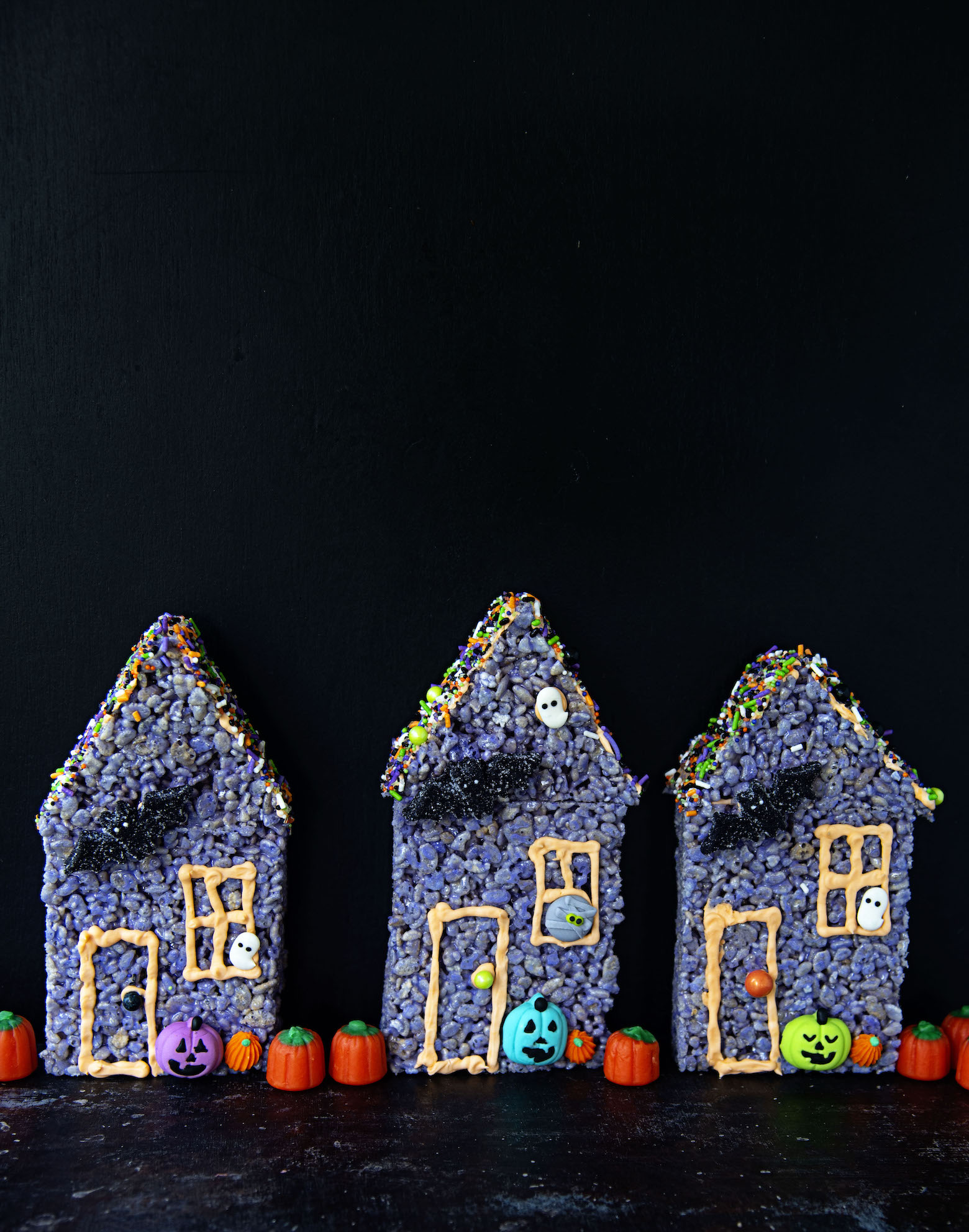 Rice Krispie Treat Haunted Houses