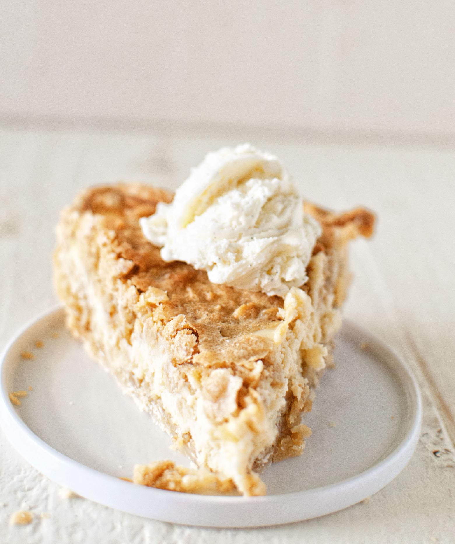 Oatmeal Cookie Irish Cream Cheesecake Pie slice