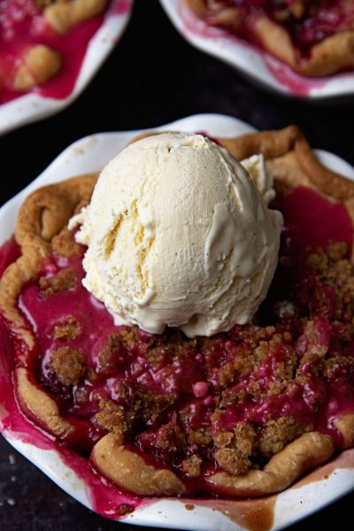 Apple Berry Crumb Topped Pie