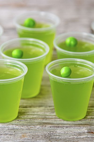 Apple Cider Moscow Mule Jello Shots
